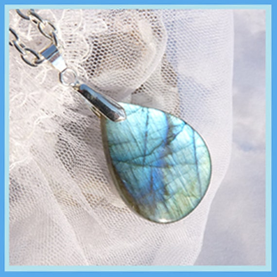 Labradorite- Flare Within- Necklace  Beautiful Gift  U 5282