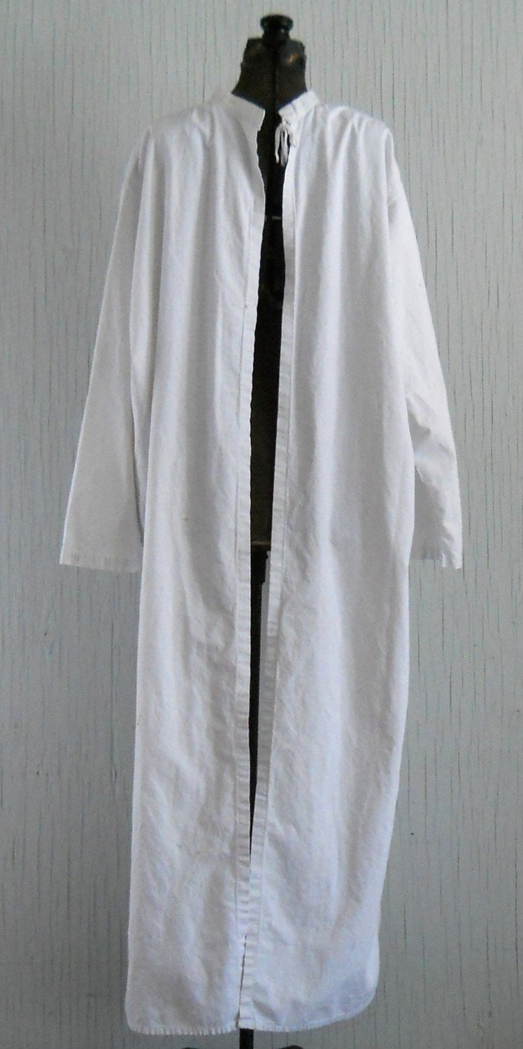 Antique White Cotton Surgical Hospital Gown
