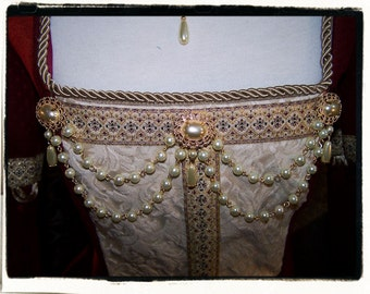 Princess Pearl Tudor Renaissance Bodice Jewelry Jewels Medieval Brooch Pearls
