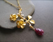 Bloom necklace with Ruby Briolette and Pearls