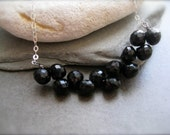 Black spinel Necklace - Bar style in Silver