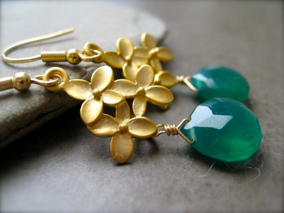 Vibrant Green Onyx flower Earrings in Gold