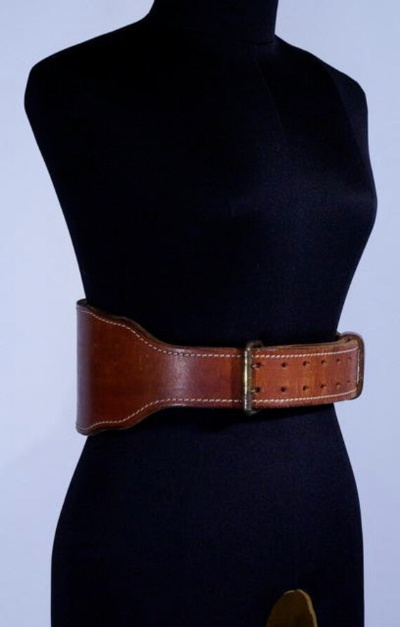 Weight lifter solid leather belt - 1950s