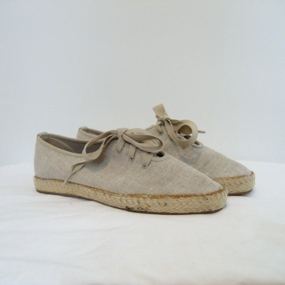 Espadrille Flats / 1980s Tan Canvas Sneakers / Lace Up
