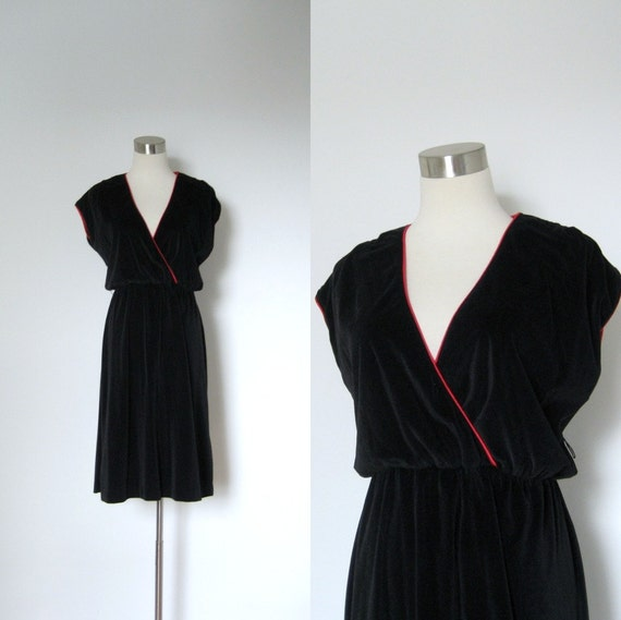 1970s Dress / 70s Black Velvet Faux Wrap Dress / Red Trim (medium large)