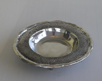 Asymmetrical cast and polished aluminum fruit plate bowl