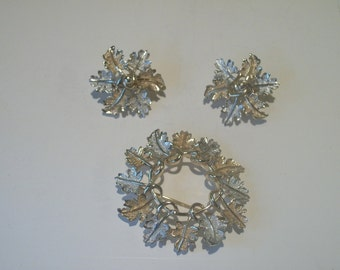 Vintage Sarah Coventry Garland Demi Parure Brooch and Clip Earrings
