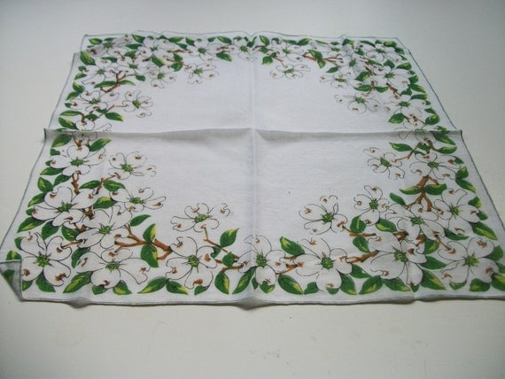 Vintage Ladies Dogwood Floral Hankie in Green and White