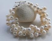 Custom order Hand crochet pearl bracelet