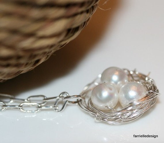 Lyn birdsnest pearl  necklace