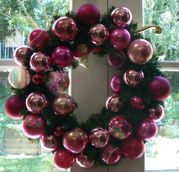 Berry Pink Christmas Vintage Glass Ornaments 18 inch Wreath