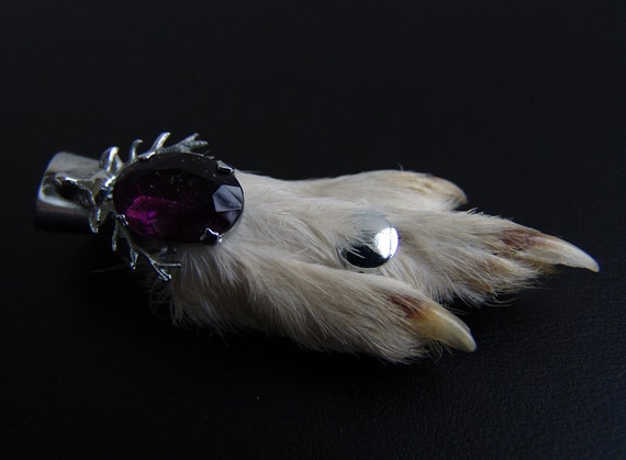 Vintage Lucky Scottish Grouse Foot and Stag Brooch Kilt Pin w/ purple stone
