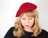 1970s beret red wool felt french style