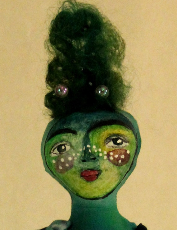 OOAK Art Doll // Ranita // Green, hand sculpted and painted