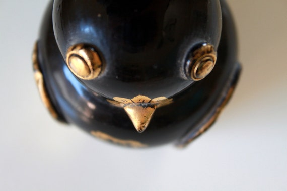 Vintage Black and Golden Lacquered Owl Trinket Box