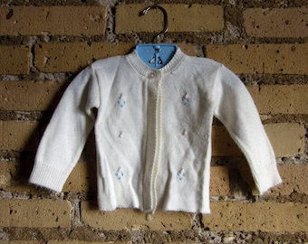 Vintage 1960s Baby Size 12M Cream White Cardigan Sweater / Embroidered Flowers