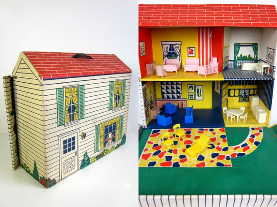 Marx Cardboard Fold Up Suitcase Dollhouse With Furniture 1968