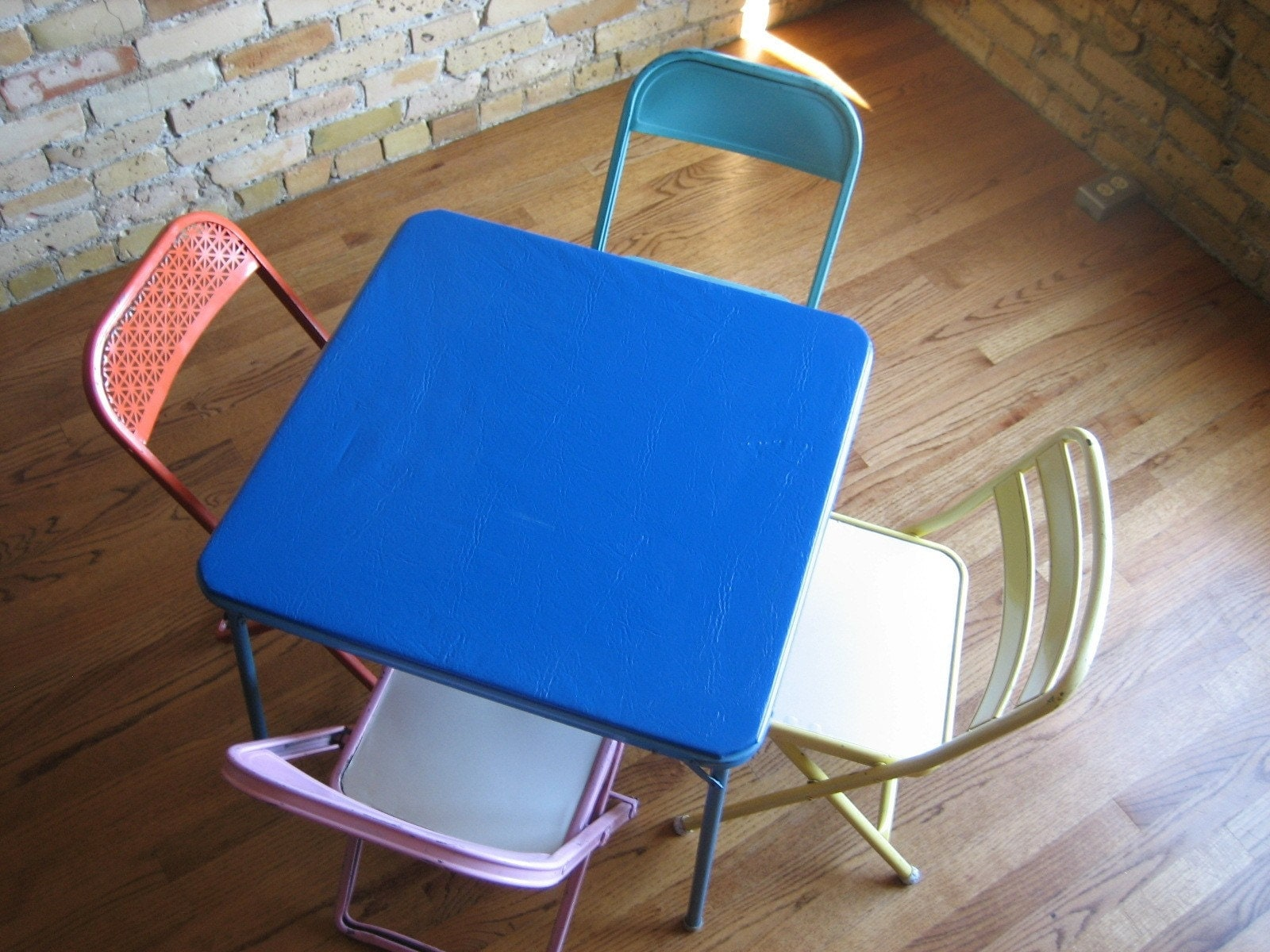 Childs Metal Card Table and Folding Chairs by