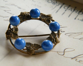 Art Nouveau Brass Circle Pin Blue Beads Leaf Garland