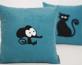 Cat and Mouse Funny and Whimsical Pillow Set. Great for Animal Lovers.