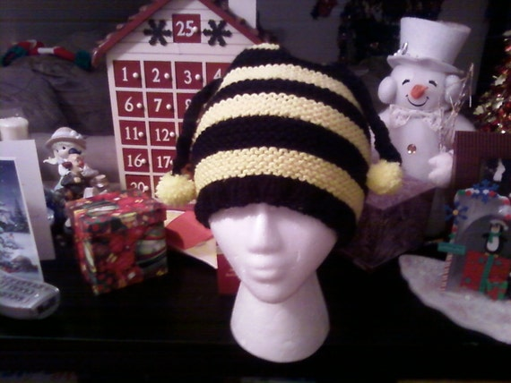 Newborn Knitted Hat,  Bumble Bee Hat , Baby Hat  Photography Prop, Baby Shower Gift, Christmas Gift.