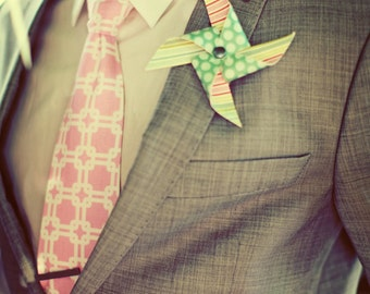 Pinwheel Wedding Boutonniere set by Rule42 - custom designed for you