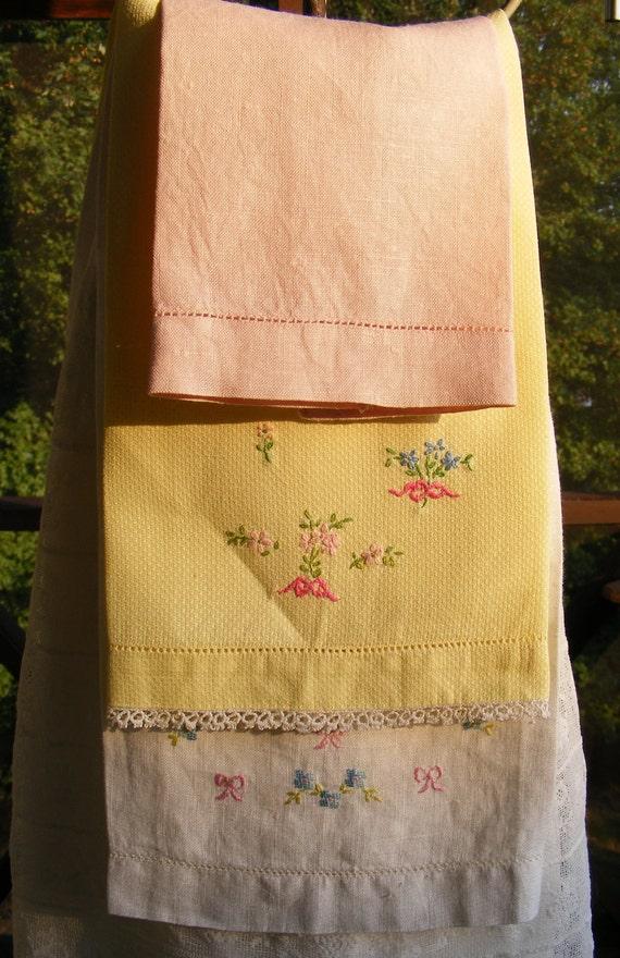 Vintage Linen Tea Towels  Set of 3