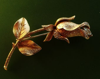 Lovely large rose flower brooch - Romantic  1950s Vintage Brooch , gold and crystals-art.644-