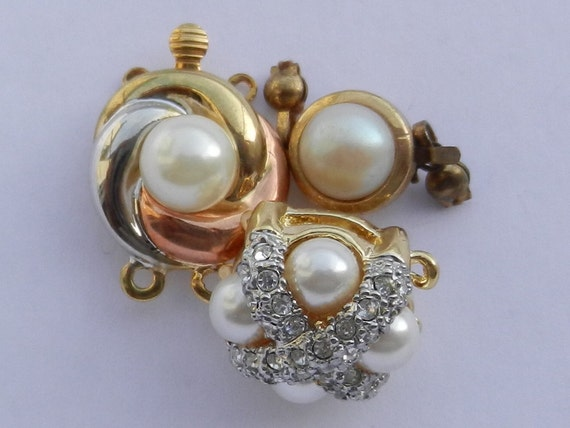Clasp Jewelry -3 clasps 1960 vintage, elegance and style to your jewelry- art.77-