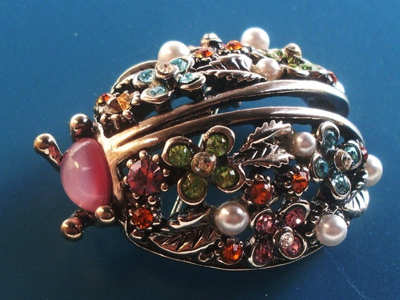 Ladybug valuable Vintage brooch signed ENTRA'  Italian deco sculpture, crystals and pearls -art.726-