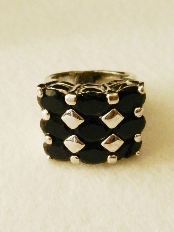 1970 vintage ring - large oval crystal and silver - elegant and fashionable-Art.884 -