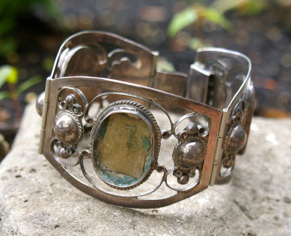 Vintage Heavy Sterling Bracelet Reuse . Mexico .