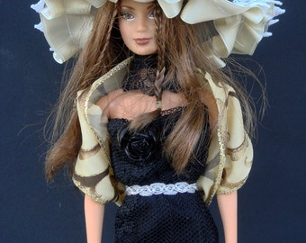 Grey hat for Barbie by Silviacat