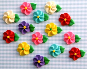 Classic Icing Flowers to Decorate Cupcakes or Cakes - Rainbow Mix (24)
