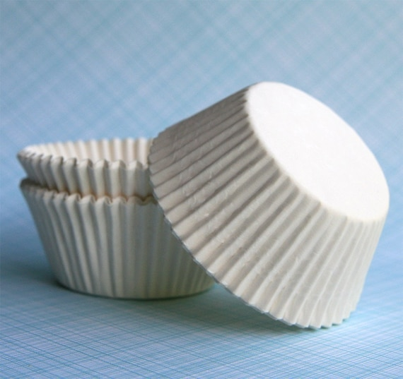 White Cupcake Liners / Baking Cups - BULK - 100 count
