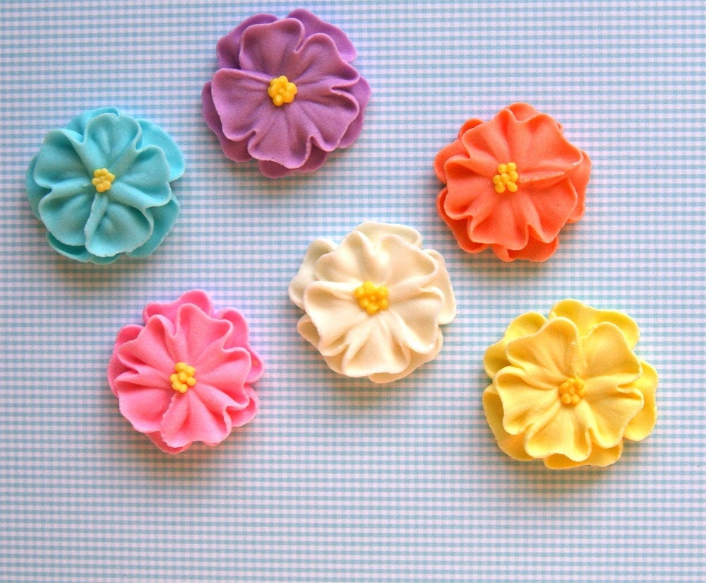 Icing Flower Cupcake Decorations Large Royal Icing by ...