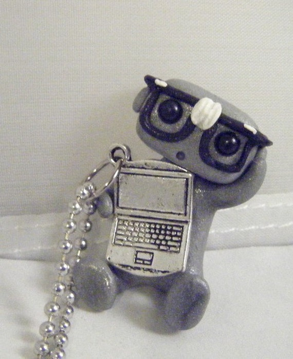 Helpful IT Robot Necklace