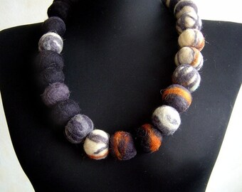 felt necklace balls grey and black, statement necklace, eco friendly, strand necklace