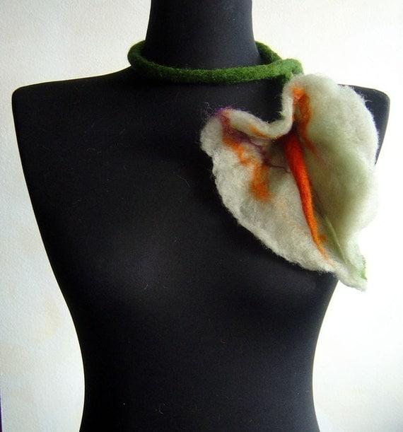 felt white flower necklace eco friendly lariat, statement necklace, spring fashion
