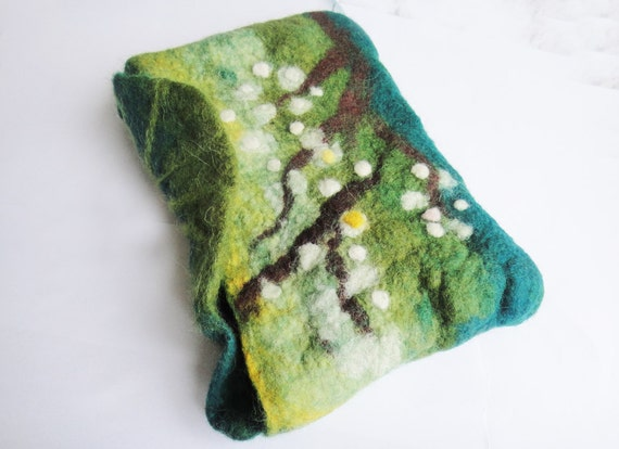 eco friendly felted book case, book cover, book bag, ipad case, ipad cover, cosmetic bag
