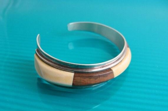 Silver J Woolsey Bracelet Wood Fossil Ivory