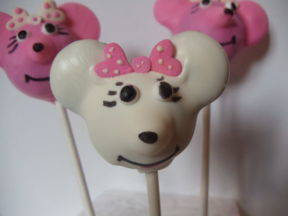minnie mouse cake pops items similar to minnie mouse cake pops on etsy 5943