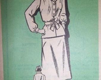 Sale - Vintage - Overblouse - Skirt - Mail Order Printed Pattern 9289 - Size 14 1/2 - Bust 37 Ins.- Uncut