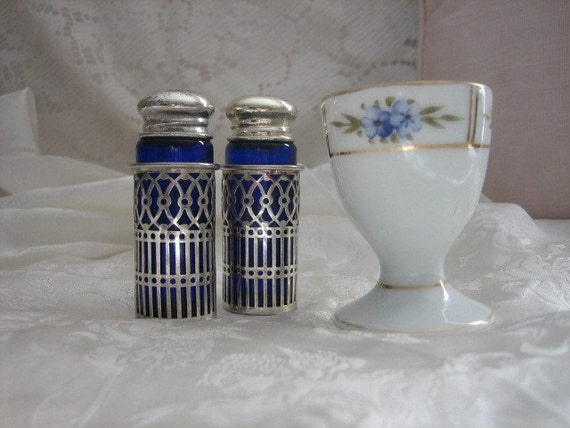 Vintage F.B Rogers Salt and Pepper Shakers