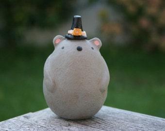 Miles the Pilgrim mouse