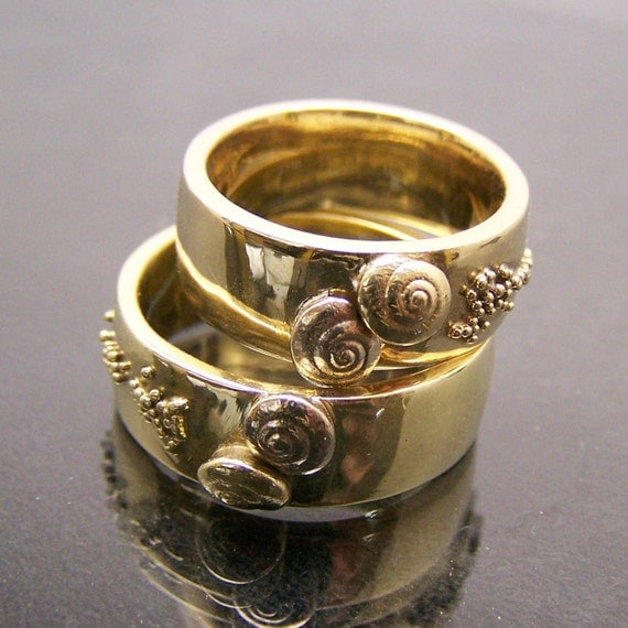 14K Yellow White Gold Wedding Bands - Shells on the Beach