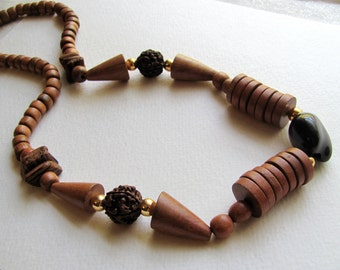 Vintage 1970s wood beaded necklace, chocolate brown and gold, tribal, geometric, boho necklace, bohemian jewelry, wooden beads