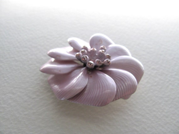 ON SALE: Purple vintage enamel flower brooch with rhinestones