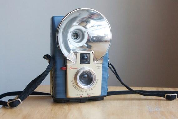 Starflash Camera in Blue, Working
