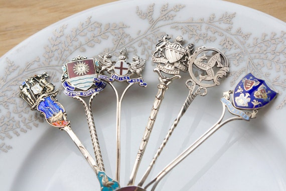 Souvenir Spoons, A Tour Of Britain, Including London, Manchester, Wales, Instant Collection